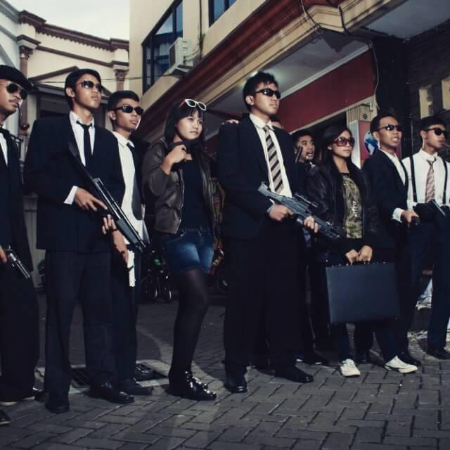 tema-buku-tahunan-mafia