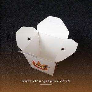 Box Mie Dan Nasi Ayam Geprek